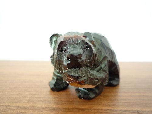木彫りの熊の次は、南部鉄器の狛犬
