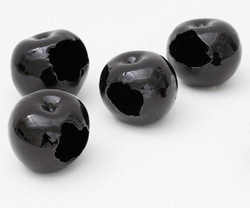 これ欲しい~Julia Chiangの黒い林檎