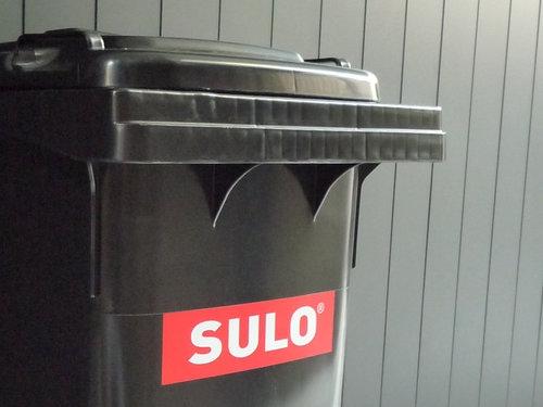 ドイツ・SULO社の屋外用ゴミ箱が届きました