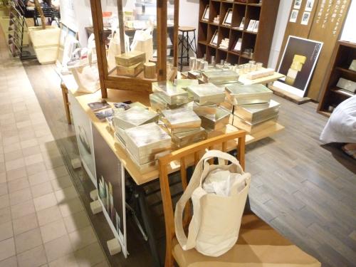 「SyuRo モノがたりのある、モノづくり」展@アンジェ・ラヴィサント新宿店に行ってきました