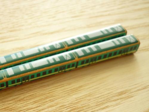 子どものお箸は銀座夏野のポッポ箸