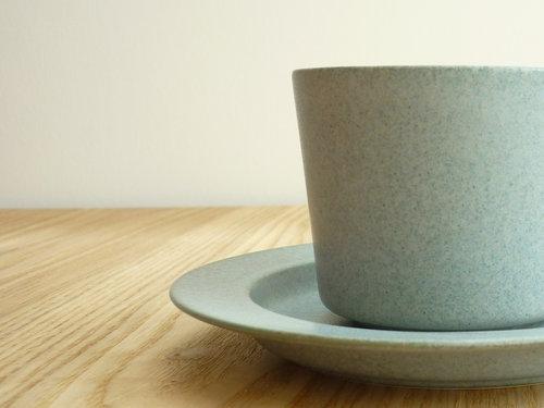 """夜ふけのコーヒーカップ…イイホシユミコ""""unjour""""nuit カップ&soucoupを買いました"""