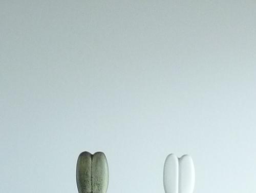2011年最初の玄関オブジェ~リサ・ラーソンのウサギ グレー&ホワイト