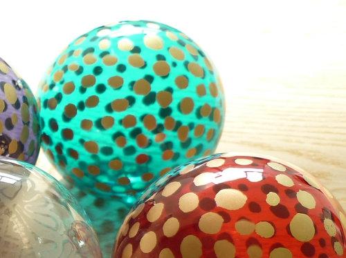 ツリーのオーナメント決定! マリメッコのガラス製ボールに
