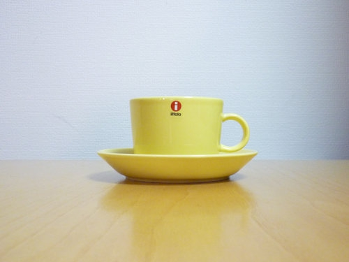生産終了のiittala「Teema」カップ&ソーサー(イエロー)を買いました