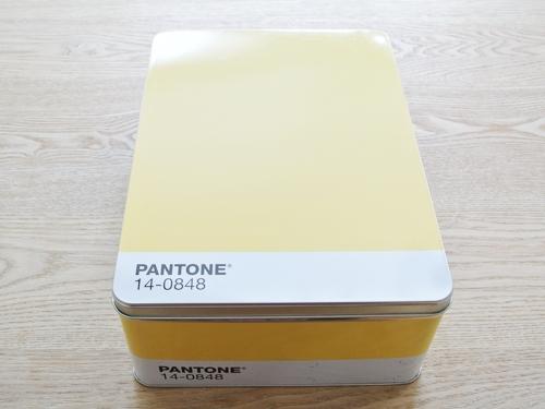 PANTONE-CAN_002