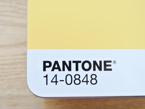 PANTONE METAL BOXが届きました