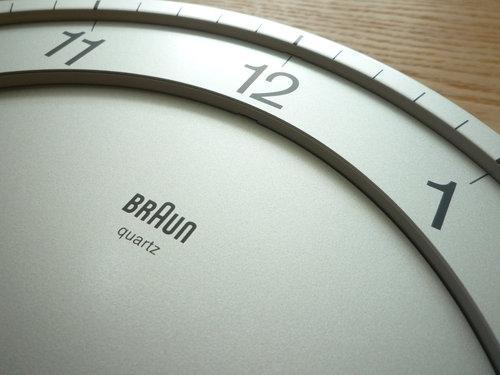 BRAUN(ブラウン)の掛け時計が70%オフ!