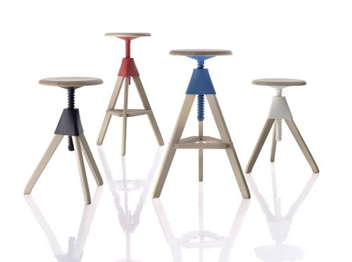 デザイナーズ家具のユーズド品が60%オフで放出中
