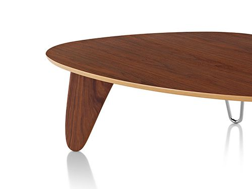 「Noguchi Rudder Coffee Table」復刻!