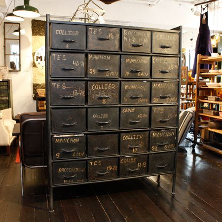 GUIDEL 24 DRAWERS CHEST