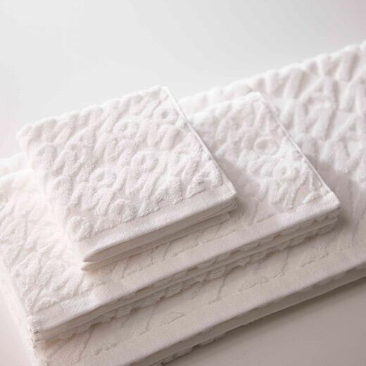 MOMA towel