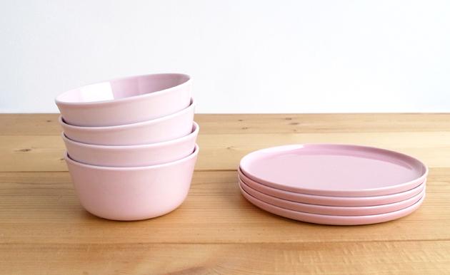 限定色「ピンク」発売