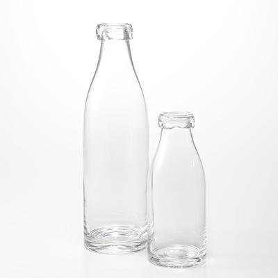 これかわいい!無印良品のミルク瓶型のフラワーベース