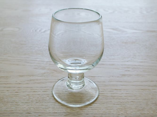 claska_do_wineglass_001