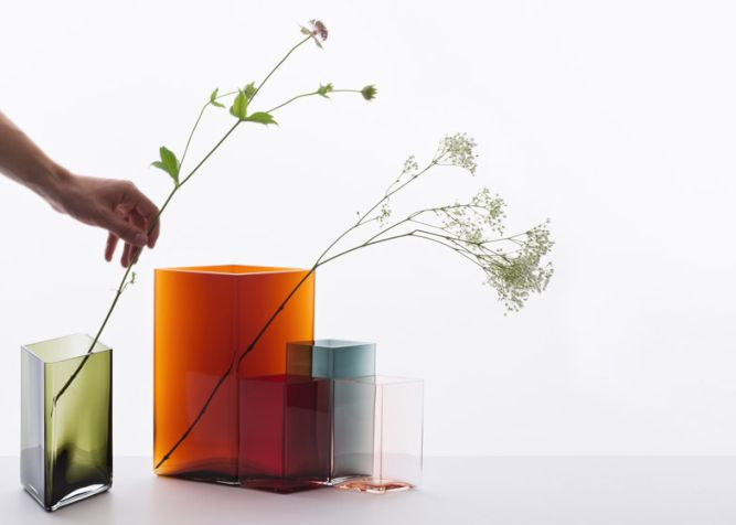 Ruutu-vases-by-Bouroullec-brothers-for-Iittala_001