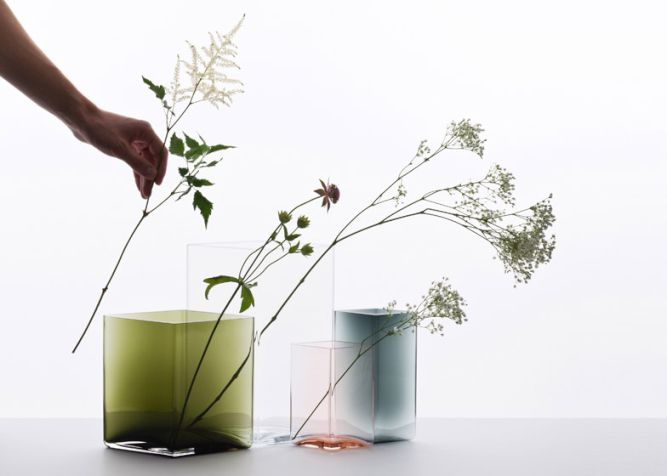 Ruutu-vases-by-Bouroullec-brothers-for-Iittala_002
