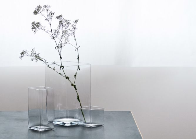 Ruutu-vases-by-Bouroullec-brothers-for-Iittala_003