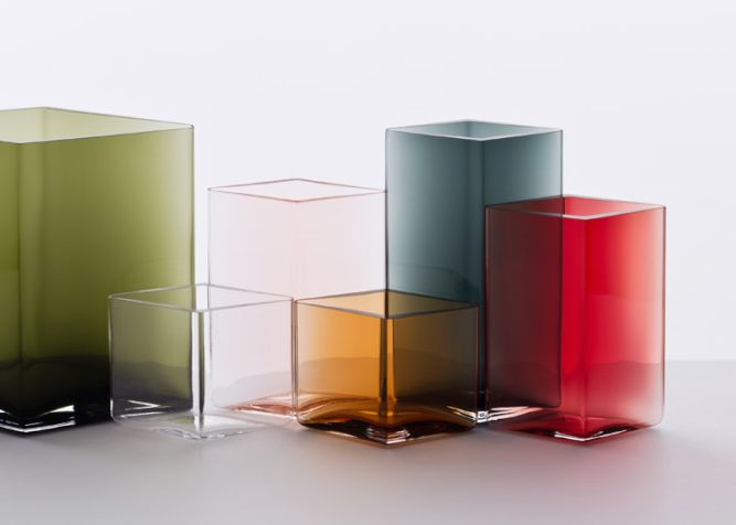 Ruutu-vases-by-Bouroullec-brothers-for-Iittala_010