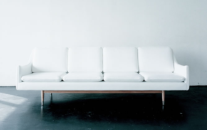 THE STANDARDS - THE 25 SYMBOLIC SOFAS of IDEE