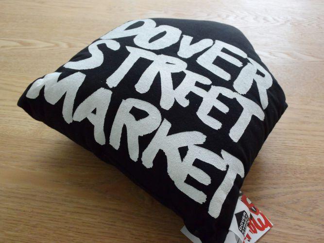 DOVER STREET MARKET_004