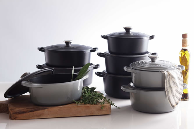 Le Creuset Black_grey_001