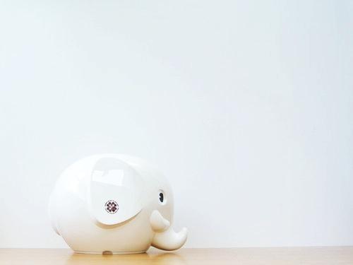 """エレファントバンク、今年の限定色は""""ミルク""""と""""リラ"""""""