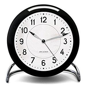 Amazonでアルネ・ヤコブセンの時計がセールに