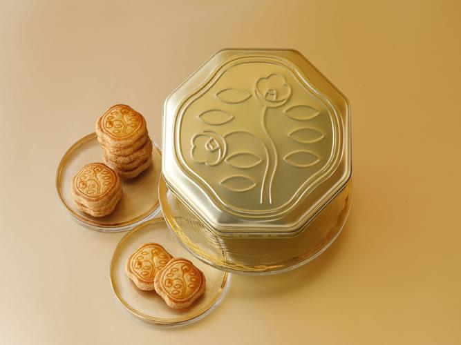 「花椿ビスケット」創業115周年記念缶はシャンパンゴールド