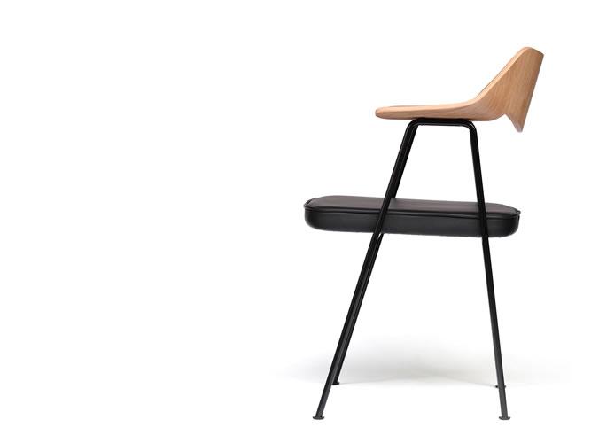 675 Chair_001