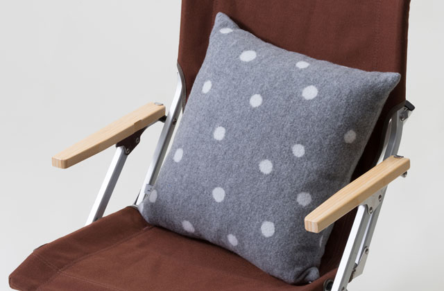 Sepposai Limited Sofa Cushion_001