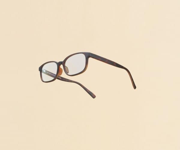 JINSがジャスパー・モリソンデザインのメガネ、リリース