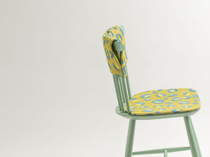 ミナ ペルホネン × デンマークの国民椅子 = 「Hippo」、発売