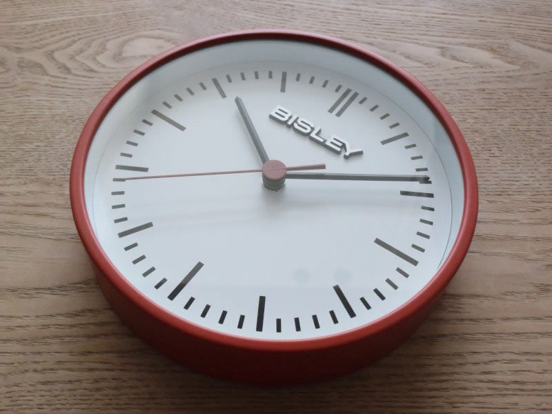 BISLEY CLOCK RED_004