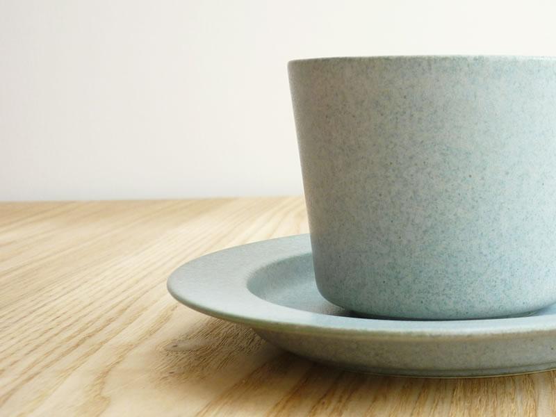 yumiko iihoshi porcelain(イイホシユミコ)「un jour」に新色「rainy gray」登場