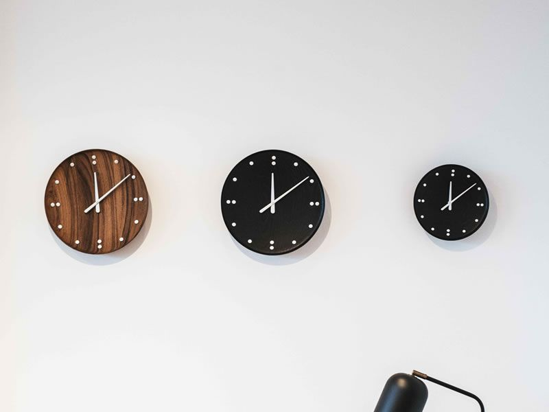 Finn Juhl Clock_002