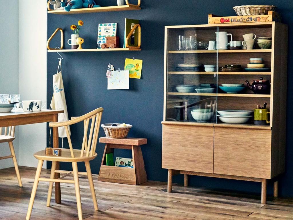 食器棚の強力な選択肢「STILT VITRINE」