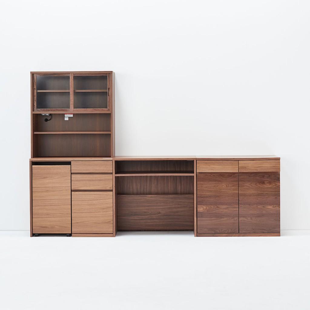 無印良品からしっかりした「木製の棚」の家具が発売されています