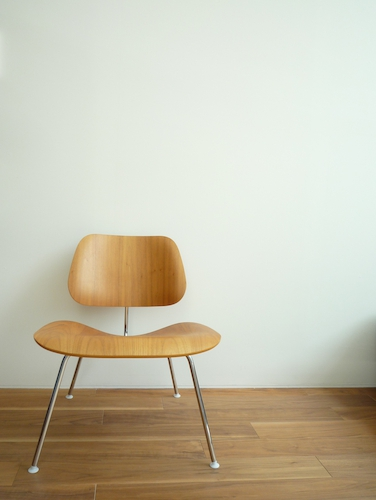 Eames Plywood Lounge Chair LCM 001