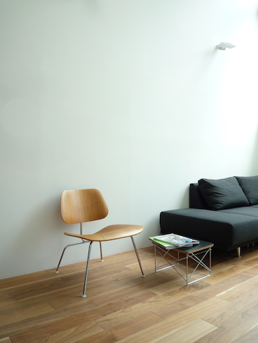 Eames Plywood Lounge Chair LCM 005