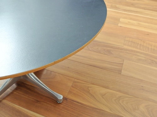 Pedestal Coffee Table Herman Miller 007
