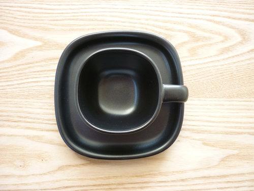 柳宗理のセラミックコーヒーカップ&ソーサーは来客時用 007