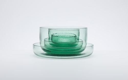 コーラ瓶100%再利用のテーブルウェア「Coca-Cola Bottleware」…デザインはnendo