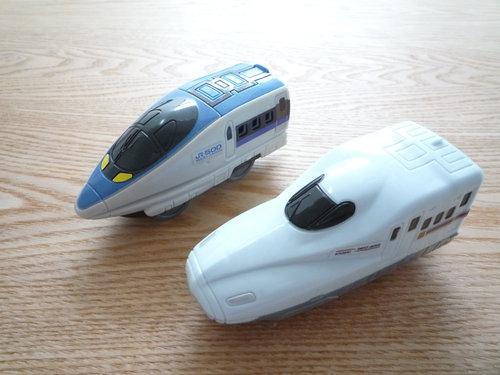今日は鉄道の日! プラレールハッピーセットが今日発売 003