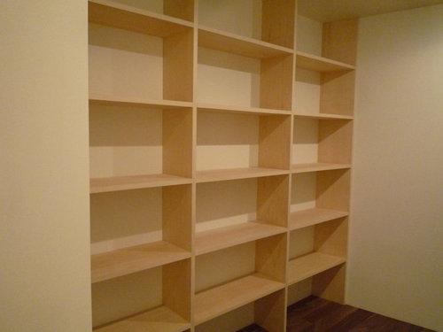 壁一面の作り付け本棚2 before