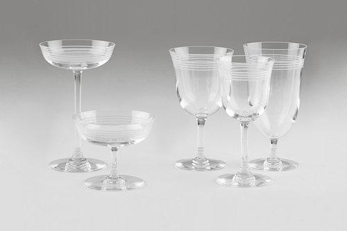 Thom Browne(トムブラウン)の手によるBaccarat(バカラ)製のグラス