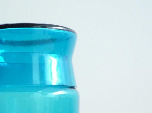 もみじ市で買った青い瓶 1