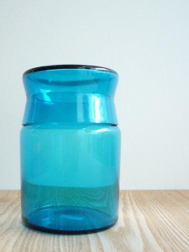 もみじ市で買った青い瓶 2