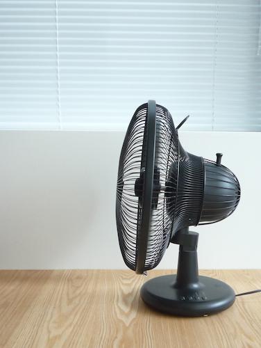 ±0(プラスマイナスゼロ) 扇風機 Table Fan 003